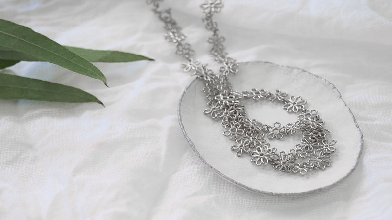 Silver Flower Doodle Full Necklace