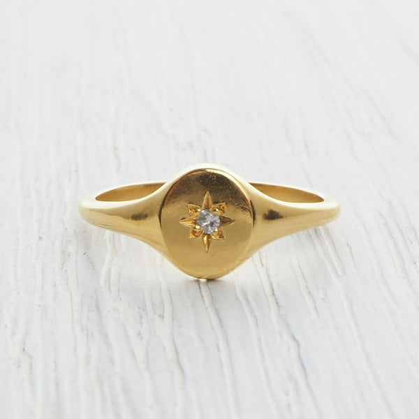 gold star set signet ring