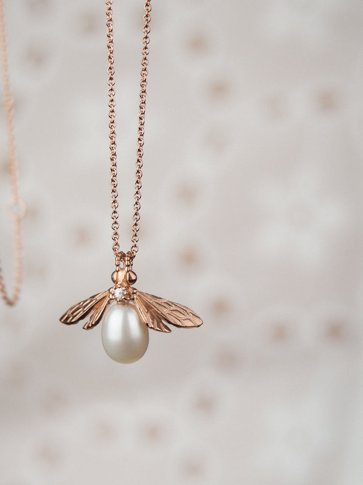 Rose Gold Pearl Bee Necklace