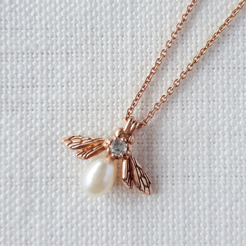 Rose Gold Baby Pearl Bee Pendant Necklace