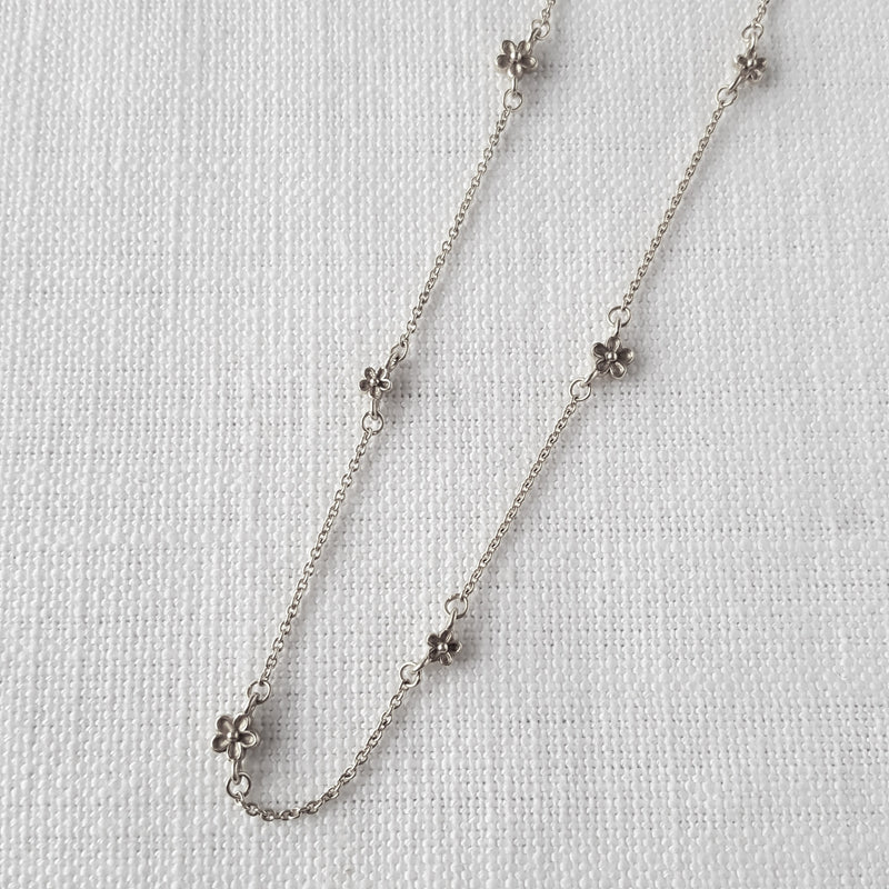 sterling silver Blossom Flower Station Necklace daisy chain