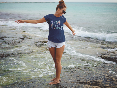 Good Vibes T-Shirt In Navy