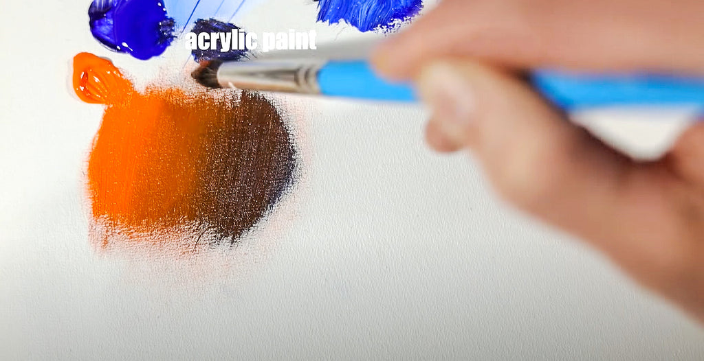 large round blender creates beautiful blends with acrylics and oils