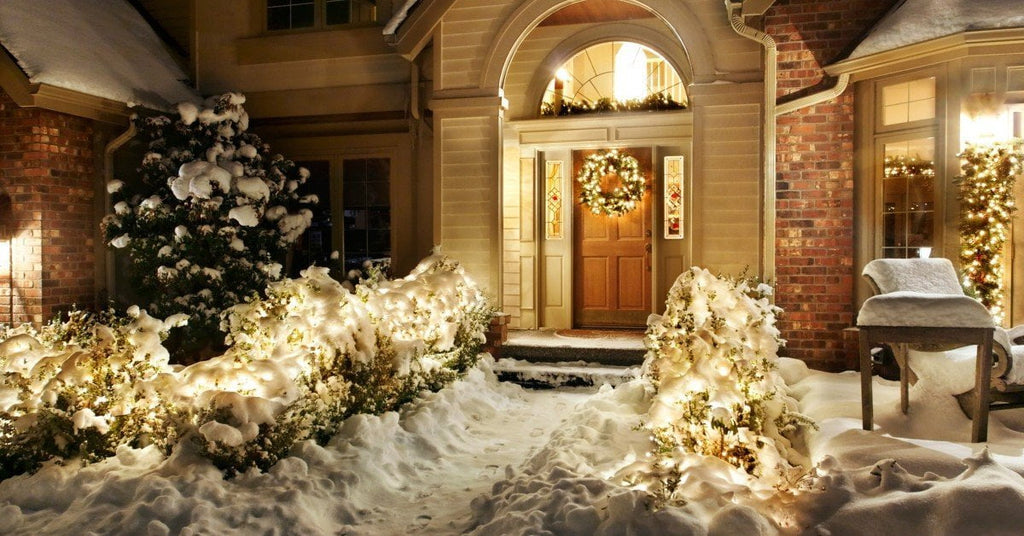 10 Christmas Decorations to Make Your House Shine This Year