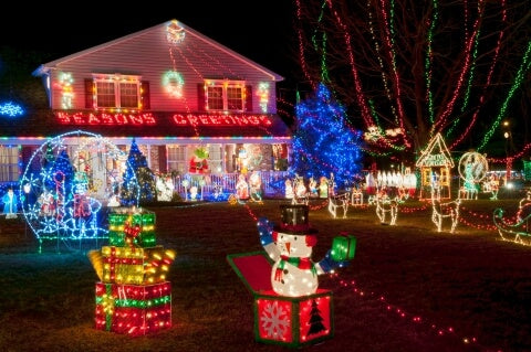 One Story House Christmas Lights.How To Decorate Your Style Of Home The Christmas Light
