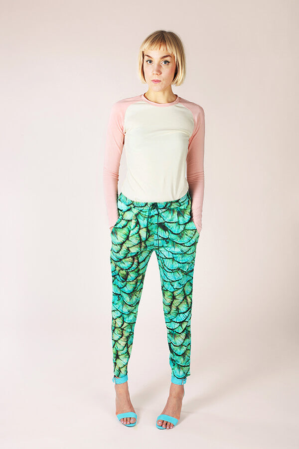 products/05_060_Alexandria_Peg_Trousers.jpg