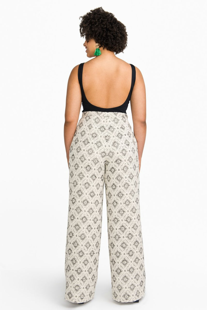products/Jenny_Overalls_Pattern_trousers_Pattern_Dungarees_Pattern-32_1280x1280_24cbf3df-5204-440a-b2a3-85449e2f3185.jpg