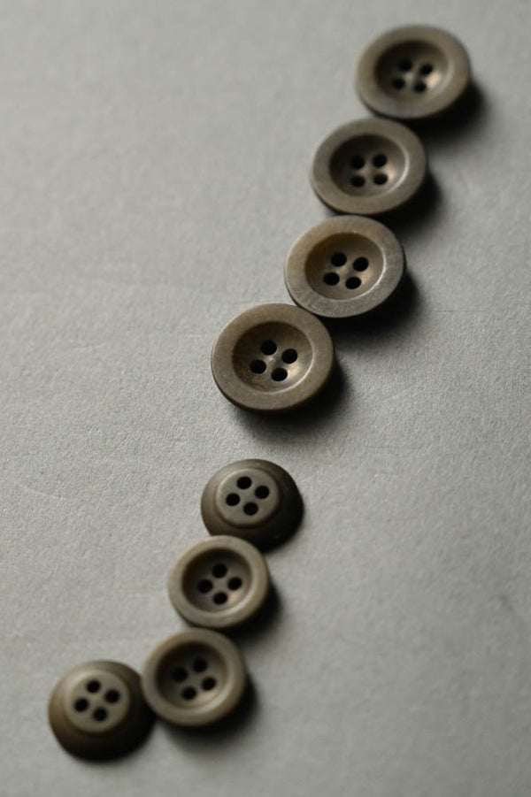 Khaki - Corozo Button - Merchant & Mills - 14mm, 18mm & 22mm