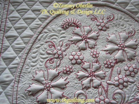 Detail quilting from Marian's Floral Bouquet by Tammy Oberlin