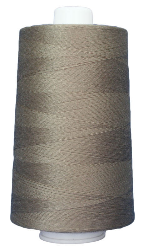OMNI #3016 Sandstone 6000 yds poly-wrapped poly core - TK Quilting & Design