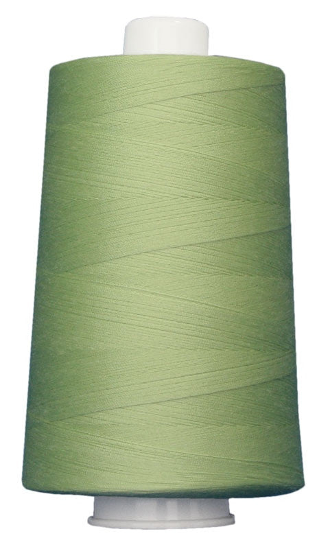OMNI #3081 Citrus Mint 6000 yds Poly-wrapped poly core - TK Quilting & Design