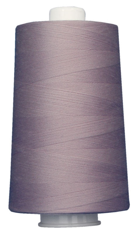 OMNI #3114 Frosted Lilac 6000 yds Poly-wrapped poly core - TK Quilting & Design