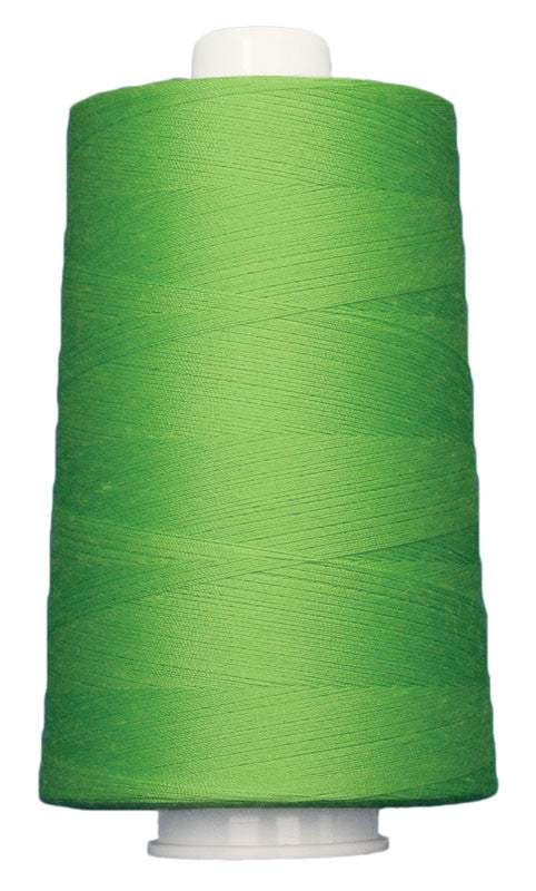 OMNI #3166 Spring Green 6000 yds Poly-wrapped poly core - TK Quilting & Design
