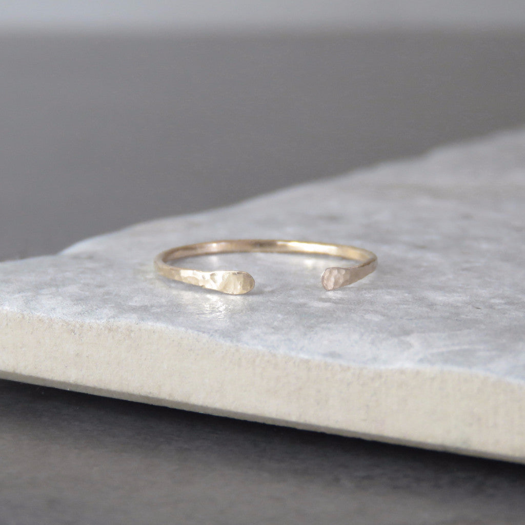 Arc Ring (Gold)  - VELVET HEAD