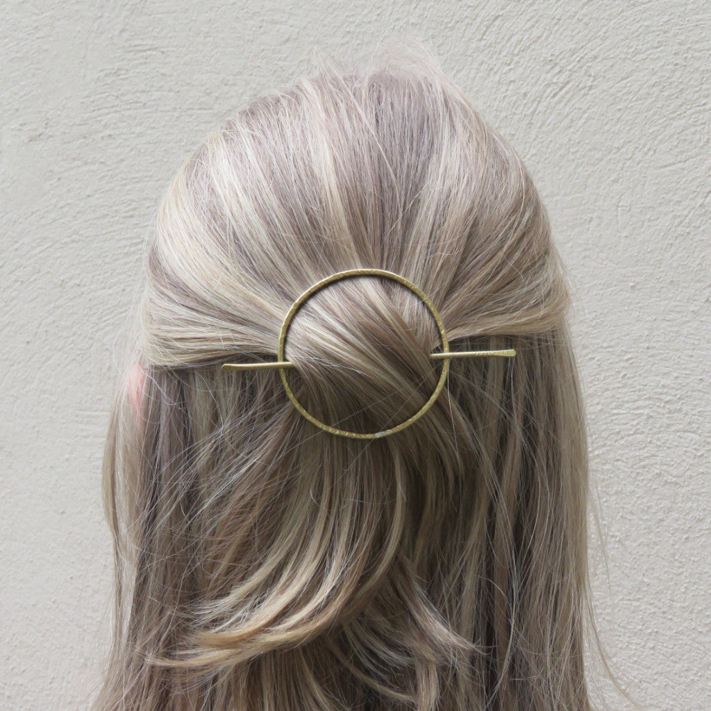 Circle Hair Slide (Gold)  - VELVET HEAD