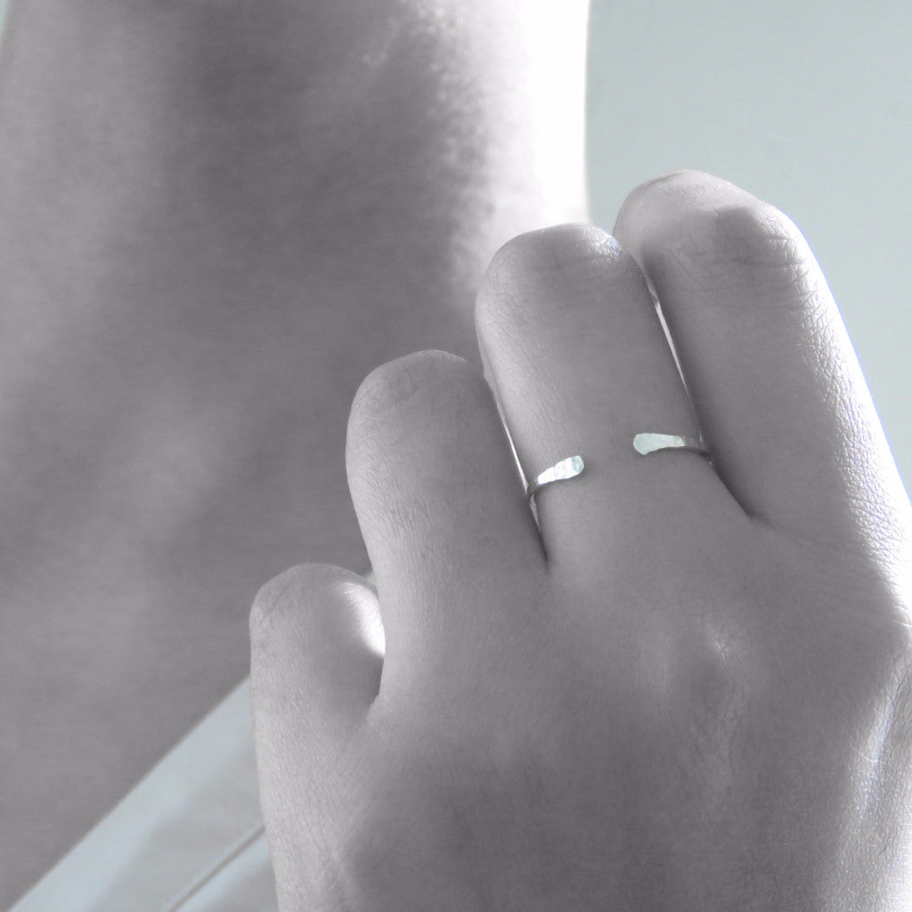 Arc Ring (Sterling Silver)  - VELVET HEAD
