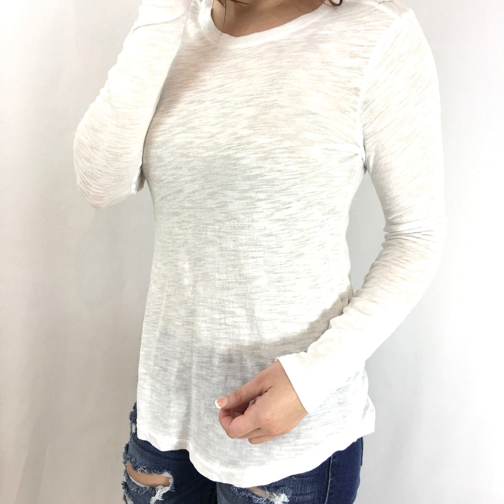 Basic White Long Sleeve Tee - GlamVault