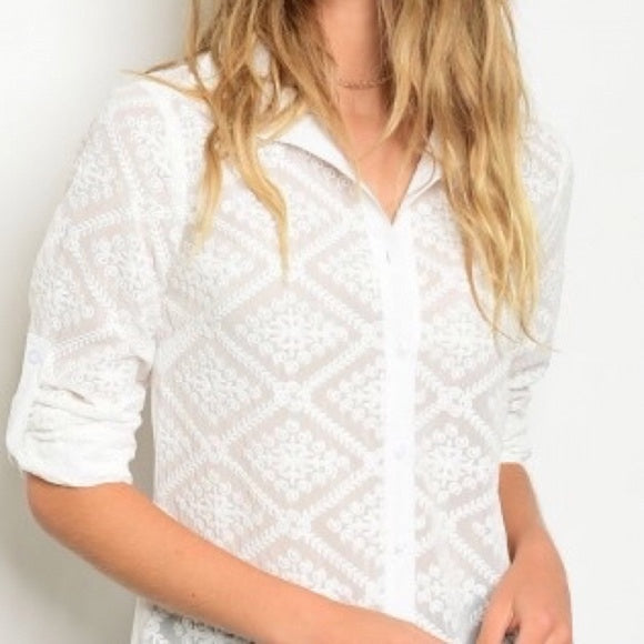 Off White Lace Button Down Tunic - GlamVault