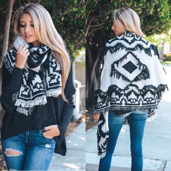 Black and White Aztec Scarf with Frayed Edge - GlamVault