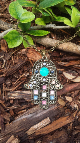 HAMSA COLORED BEADED CHAIN NECKLACE, TURQUOISE CENTER BEAD STONE