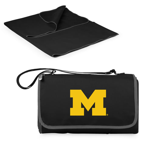 Michigan Wolverines Blanket Tote in Black