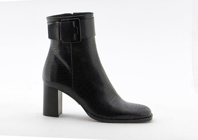 Zinda Shark Black Leather Buckle Boot