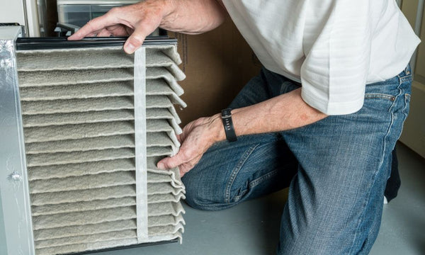 The Differences Between Fiberglass and Pleated Air Filters