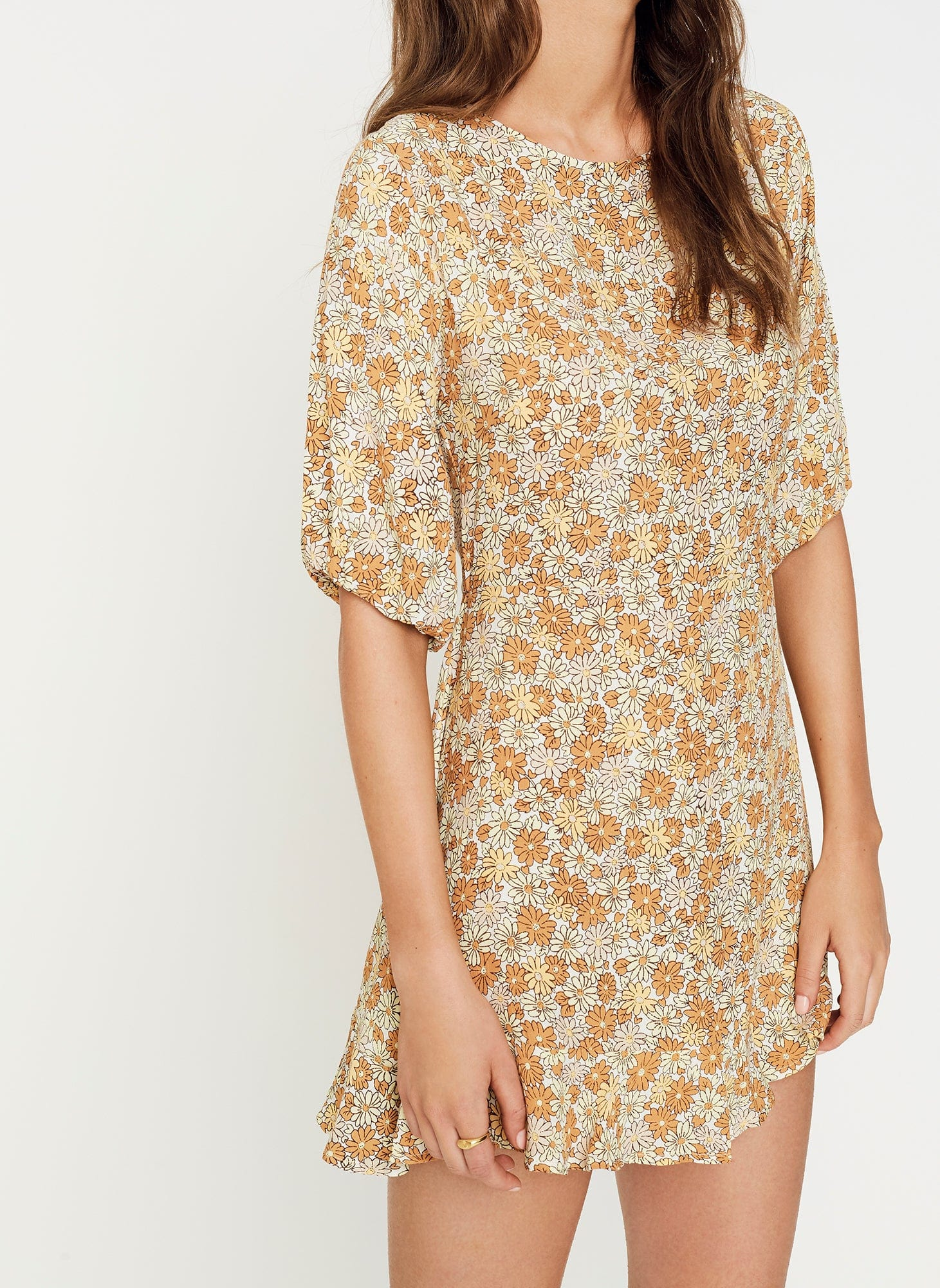 ZOELLA FLORAL PRINT - PEACH - JEANETE DRESS