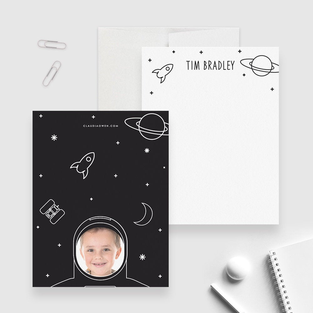 Astronaut Boy's Stationery Set Space Personalized Kid's Note Card, Universe Stationary, Spacesuit Thank You Note Galaxy Stationery