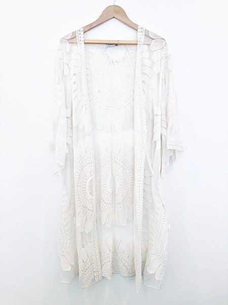 70's Cream Lace Duster