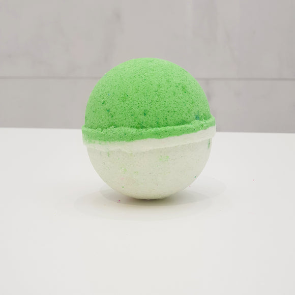Green tea and Lemongrass bath bomb round