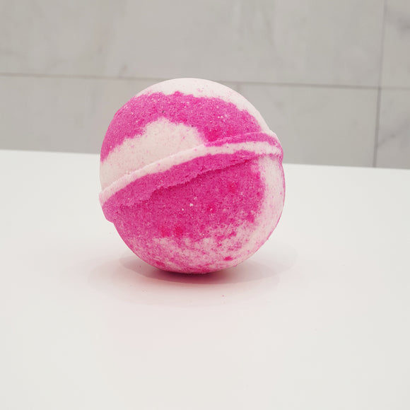 Marshmallow bath bomb