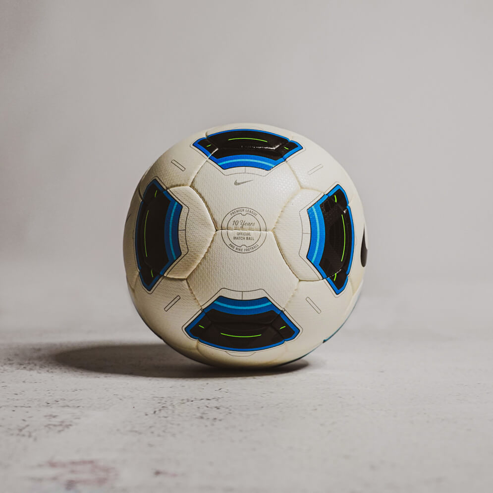 Nike Total 90 Tracer (2010/11)