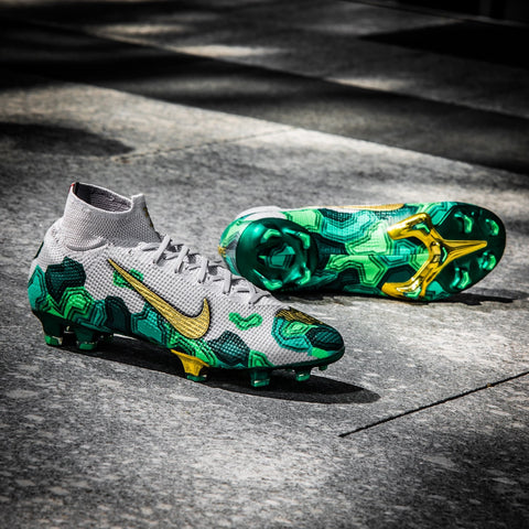 We desperately want these Marvel x Nike designs to become a