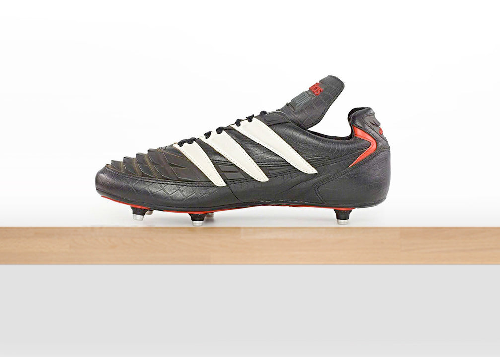 sports shoes 2d528 3e327 The Rapier featured the iconic fold-over tongue for the first time along  with rubber elements similar to those found on the 1994 Predator.