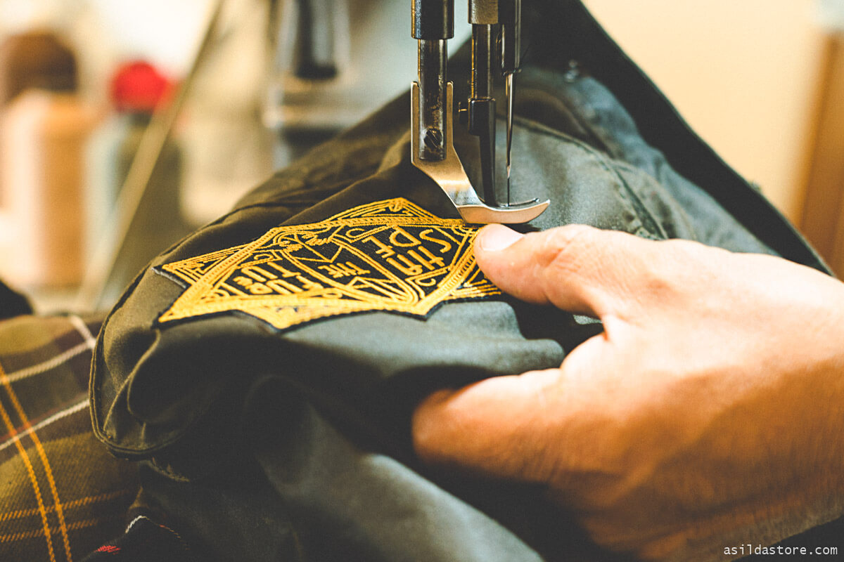 How to iron on patches in 7 simple steps