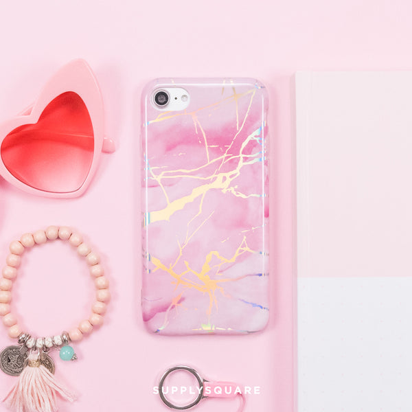 pink_holographic_marble_case