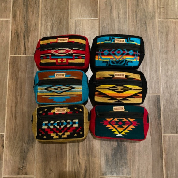 Border Pouch