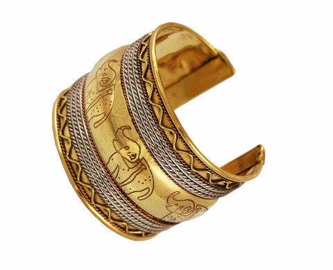 Touchstone Brass base, traditionally stylized cuff bracelet- KRBR-839-02---Y