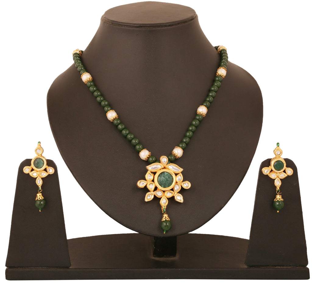 Alloy metal golde plated Indian boolywood Kundan  look jewelry with faux emeralds pendant set for women KSPSP072-01KE-Y