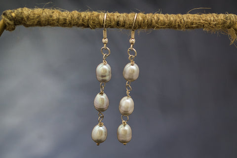 Grey Oval Freshwater Pearl with 92.5 Sterling Silver Earrings  Fallaknumaa
