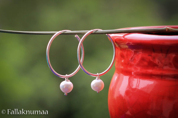 White Freshwater Pearl on a 92.5 Sterling Silver Hoop