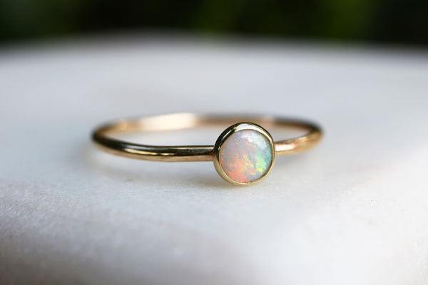 Solid 9ct Gold Natural Fine Opal Ring
