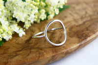 Open Circle Geometric Ring