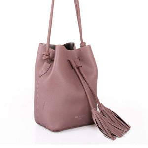 Red Cuckoo Mauve Tassel Bucket Bag