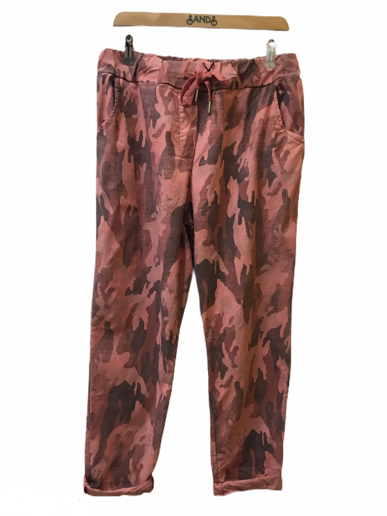 Sands - Stretch Casual Trousers in Camo