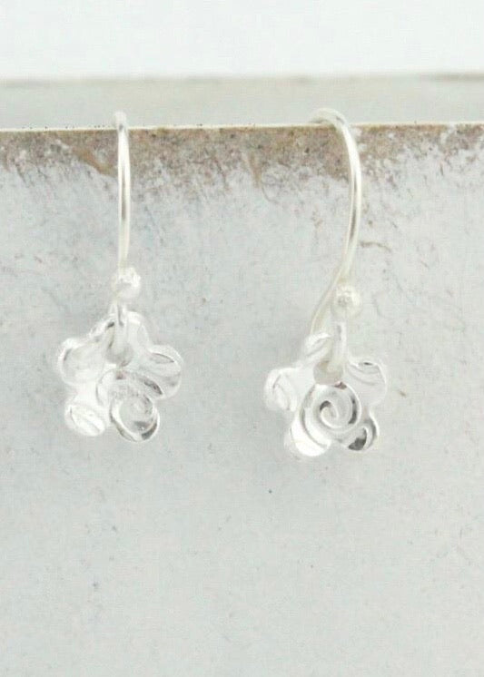 Silver Paisley Textured Flower Earrings