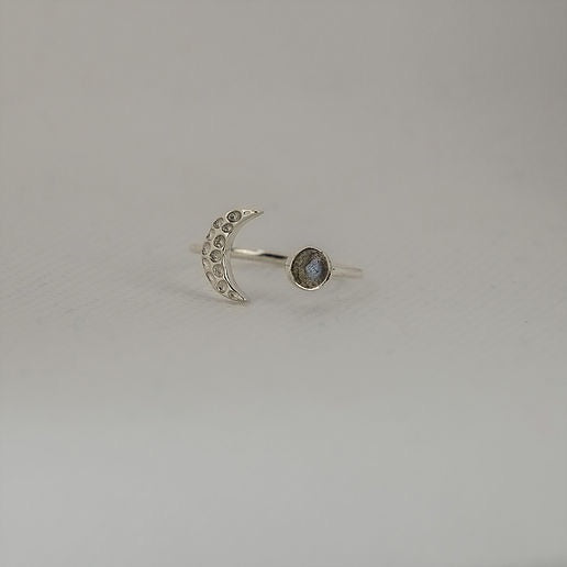 Silver Moon Ring Labradorite - Sands Boutique clothing and gifts