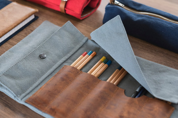 risdon & risdon artist roll canvas pencil pen brush tool leather bundle handmade in england british manufactured storage carry case holder minimal accessory heritage grey