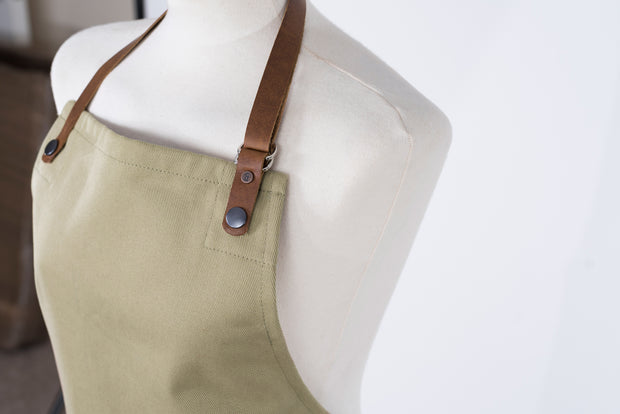 Gardener's canvas and leather garden apron handmade in the uk British design Risdon & Risdon